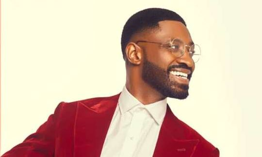 Under a Christmas Tree Lyrics BY Ric Hassani